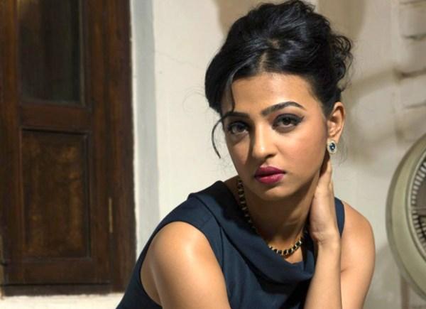 Radhika Apte HD Wallpapers