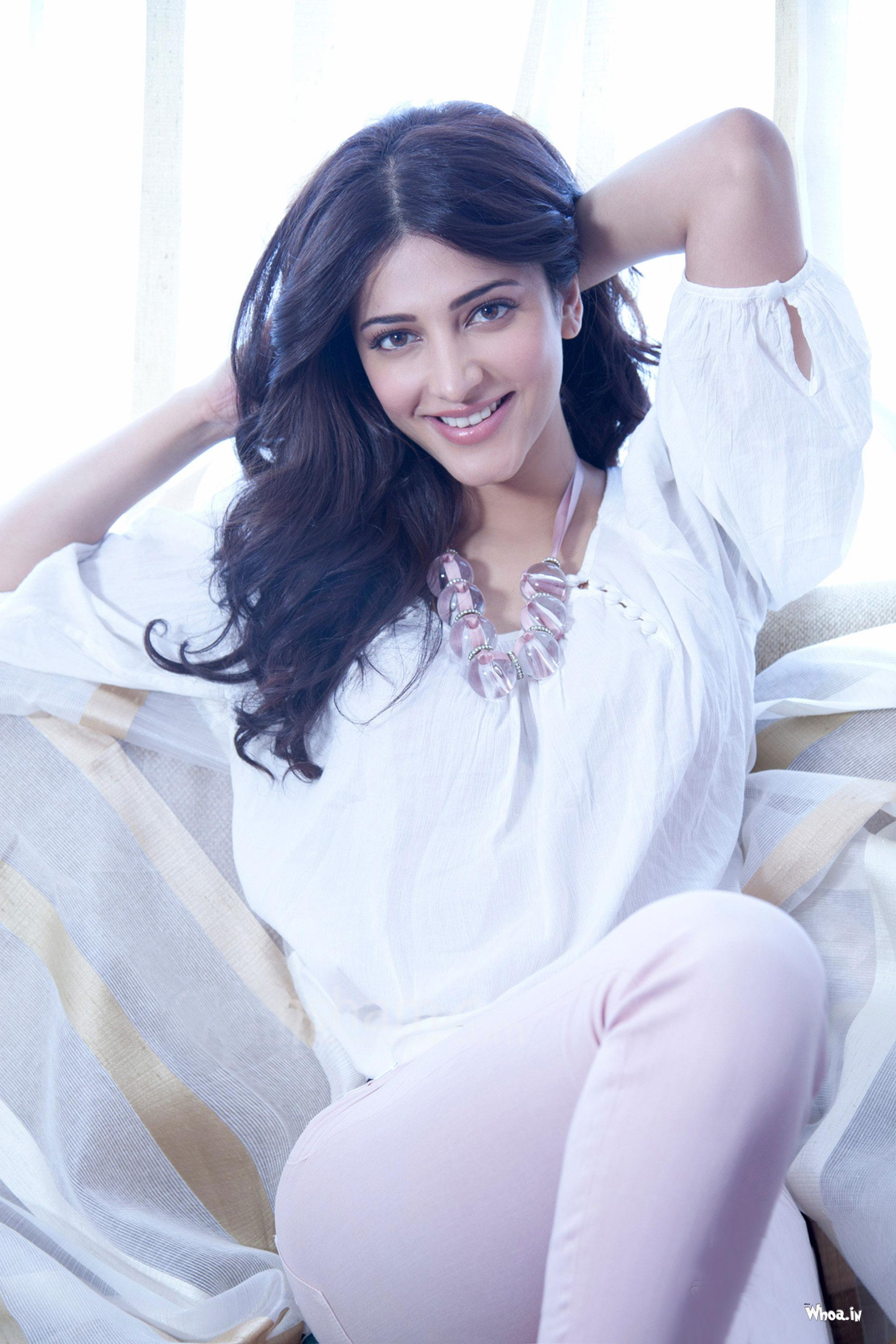 Download Shruti Hassan Hd Wallpapers For Mobile And Computer-1015