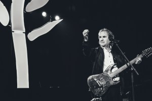 Chris de Burgh & Band - Into The Light & Moonfleet @ Siegerlandhalle | Siegen | Nordrhein-Westfalen | Deutschland