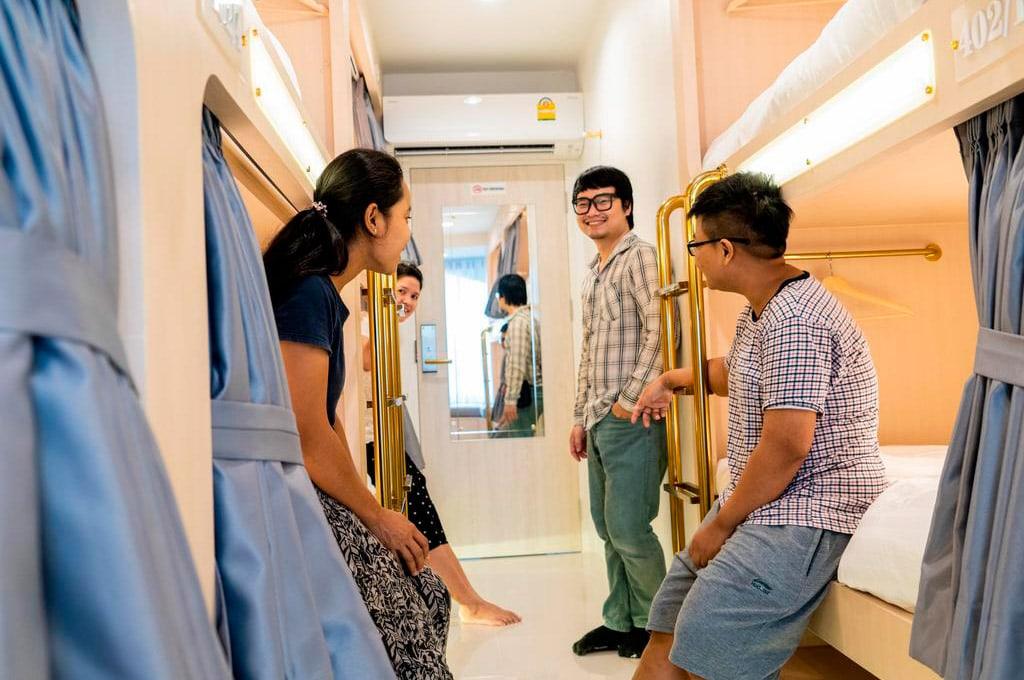 melhores hostels bangkok - the chatbox 2