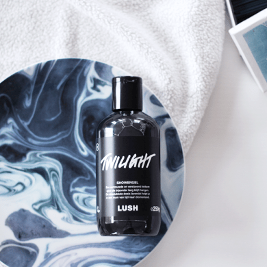 Lush Twilight Shower Gel Flatlay