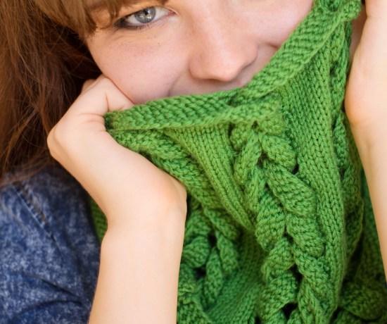 Green pleach cowl for Yarn Stories