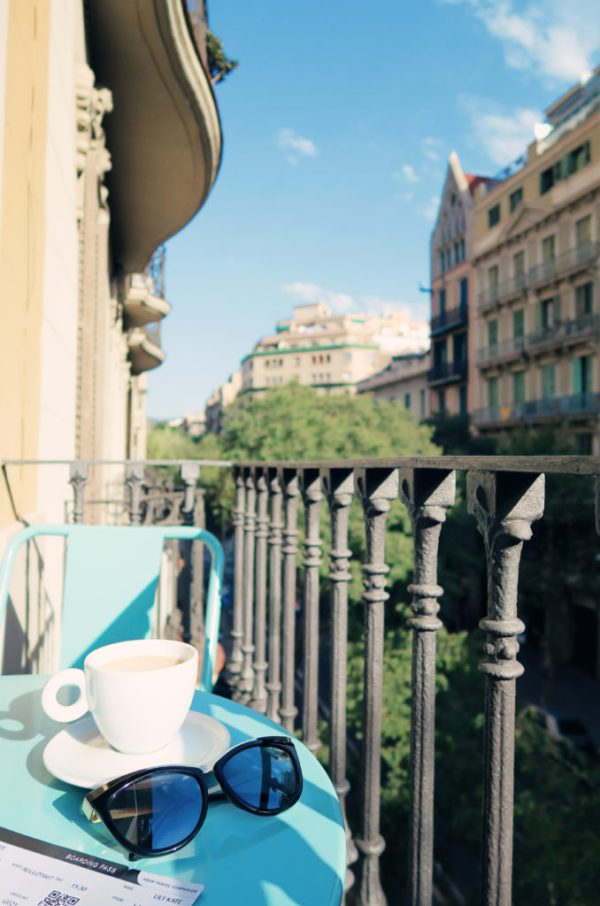 balcony-overlooking-eixample