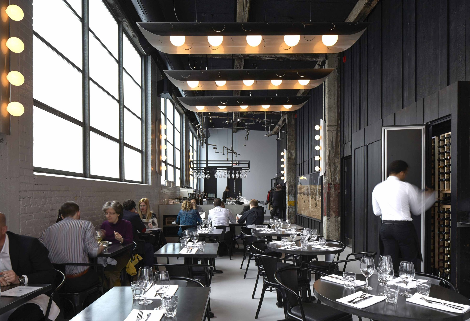 Le Serpent  le restaurant qui merveille autant les papilles que les yeux  Joli Joli Design
