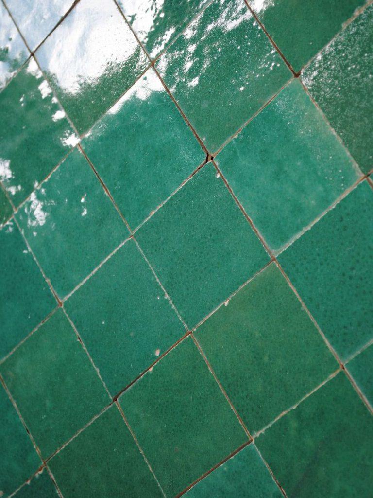 La dco couleur vert meraude effet feel good assur  Joli Place