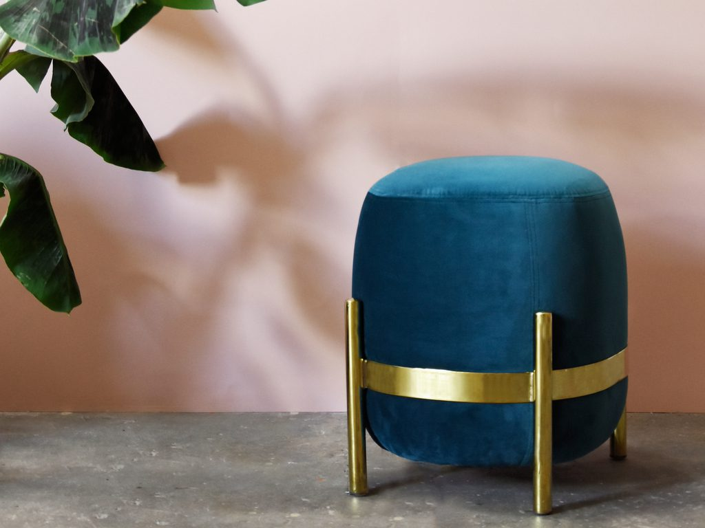 Pouf en velours le nouvel indispensable dco  Joli Place
