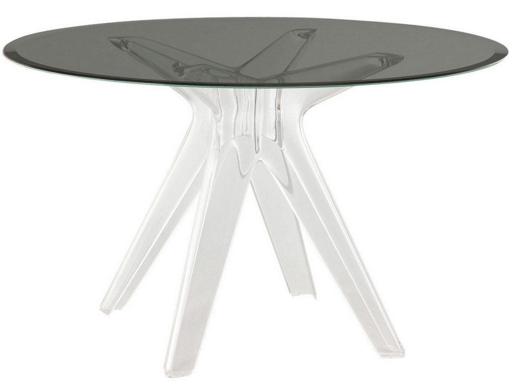 Une Table Ronde Pour La Salle Manger Joli Place