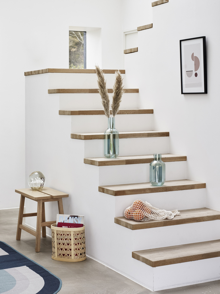 Habiller Un Escalier En Beton Avec Des Marches En Bois Joli Place