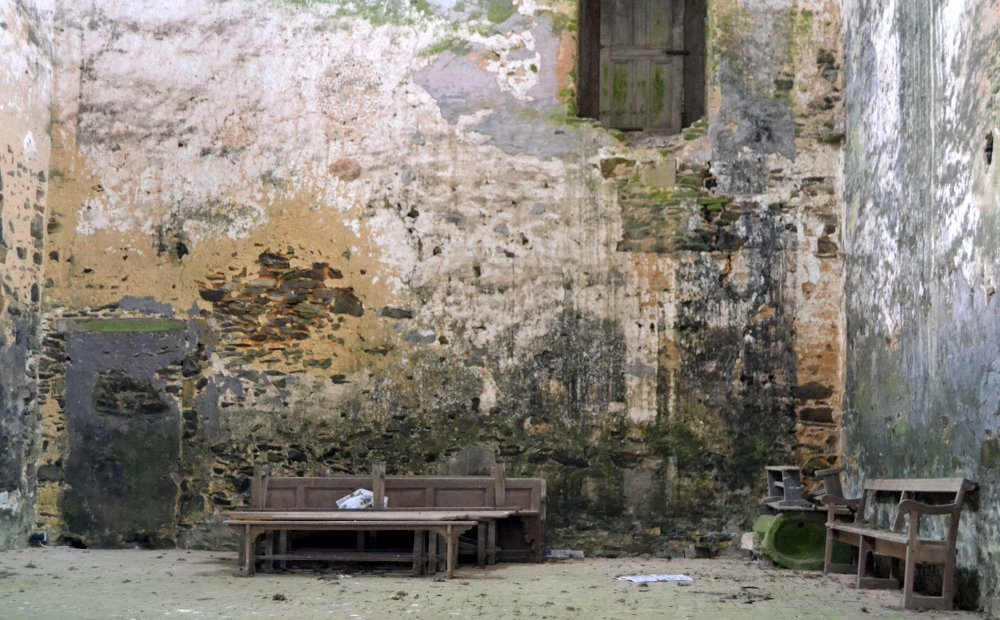 Ruines Abbaye de Clairmont