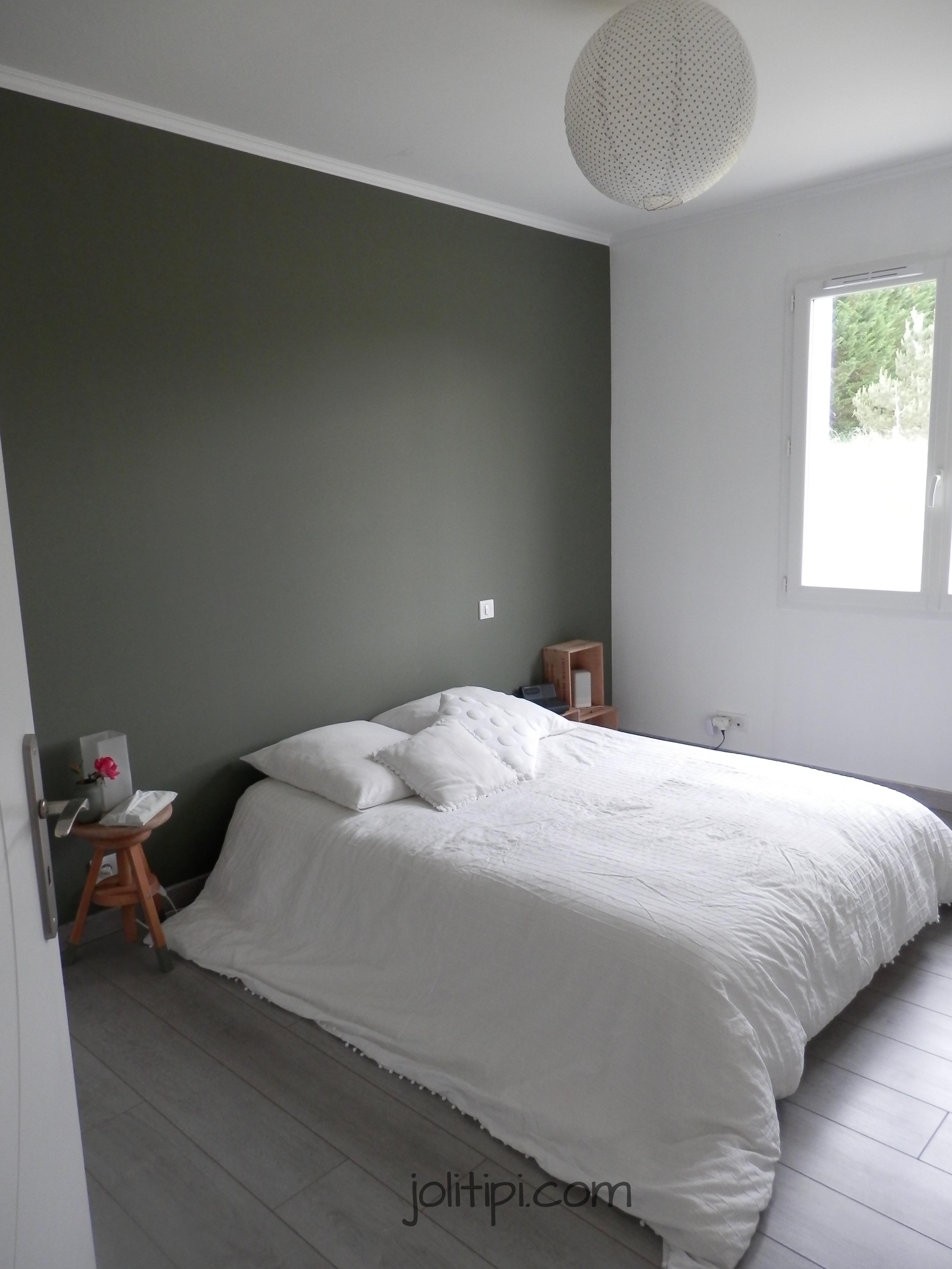 Chambre kaki et blanc visite joli tipi - Comment faire une chambre romantique ...
