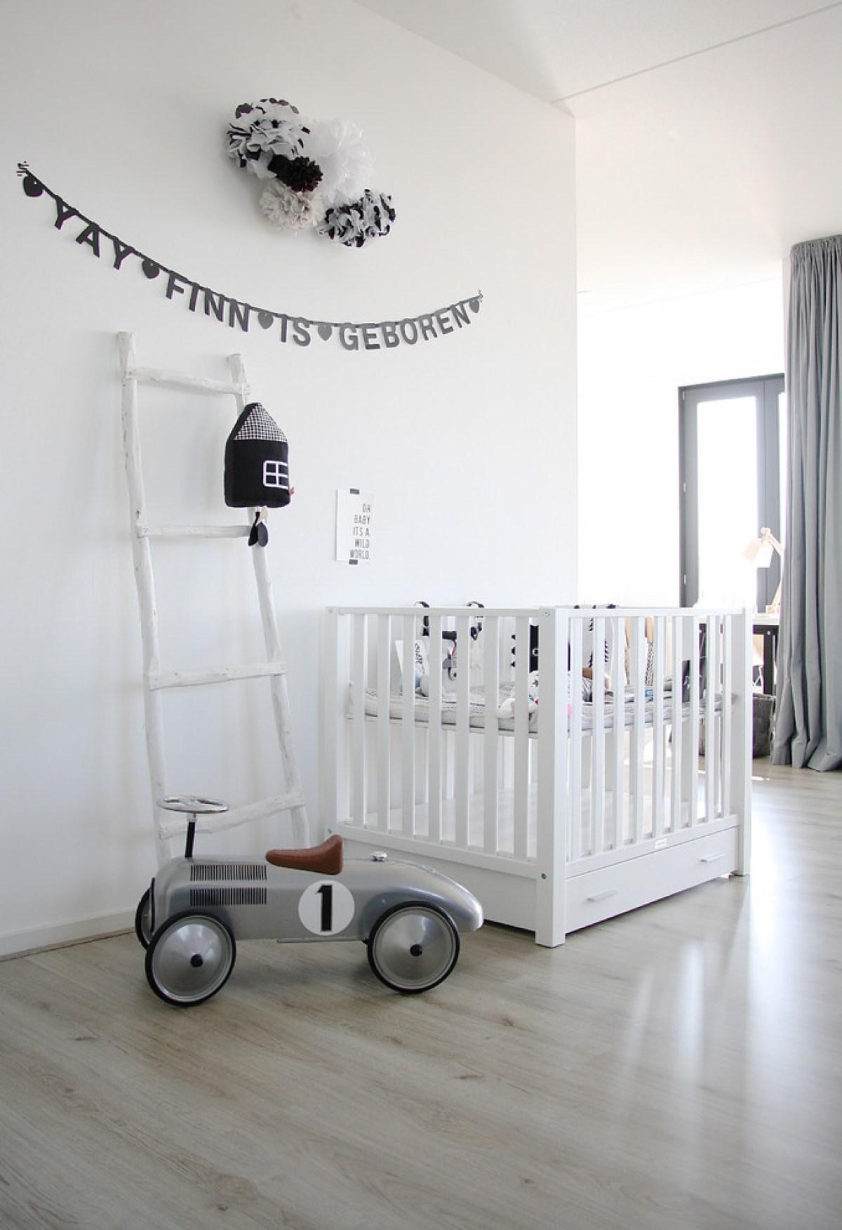 baby-boy-Nursery-black-and-white