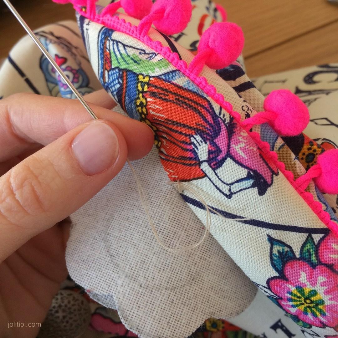 tuto comment coudre une fleur en tissu facile