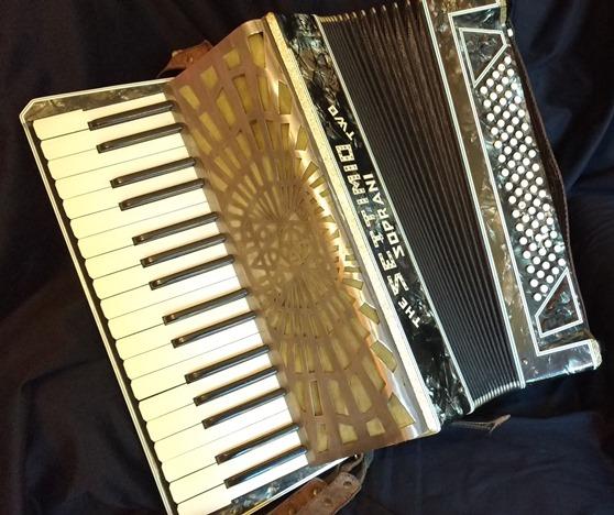 Settimio Soprani piano accordion 80bass