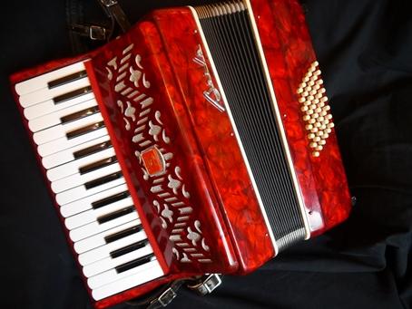 Baile piano accordion