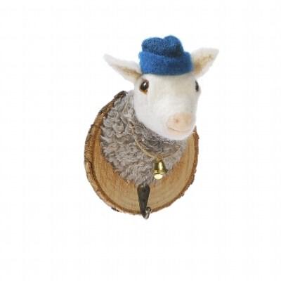 trophée crochet mouton à chapeau bleu
