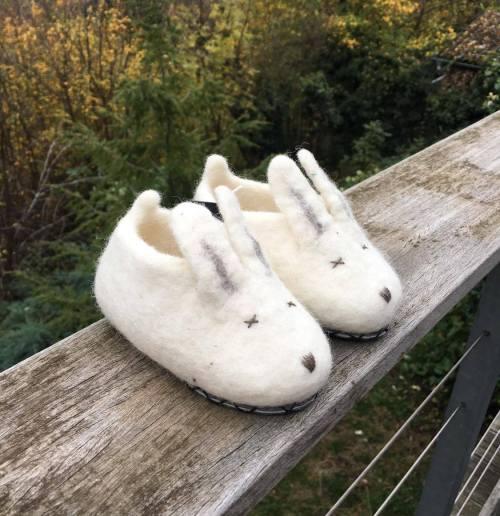 chaussons lapin en laine feutrée