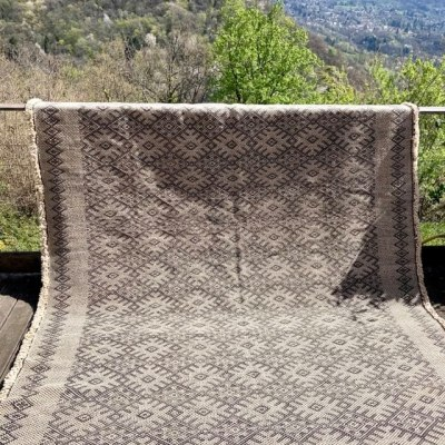 tapis kilim noir et blanc