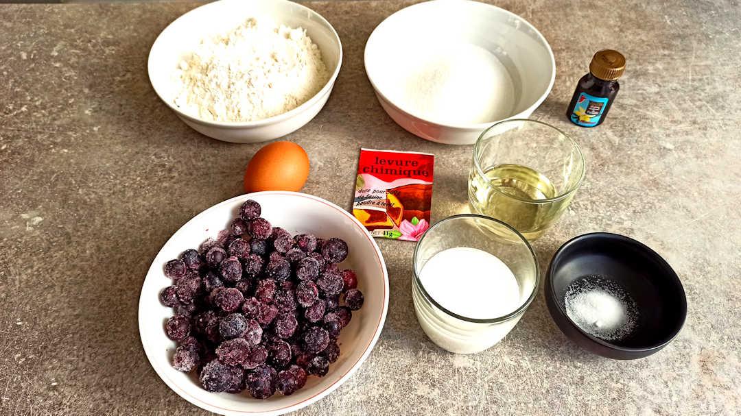 Les ingrédients des muffins aux myrtilles facile et rapide