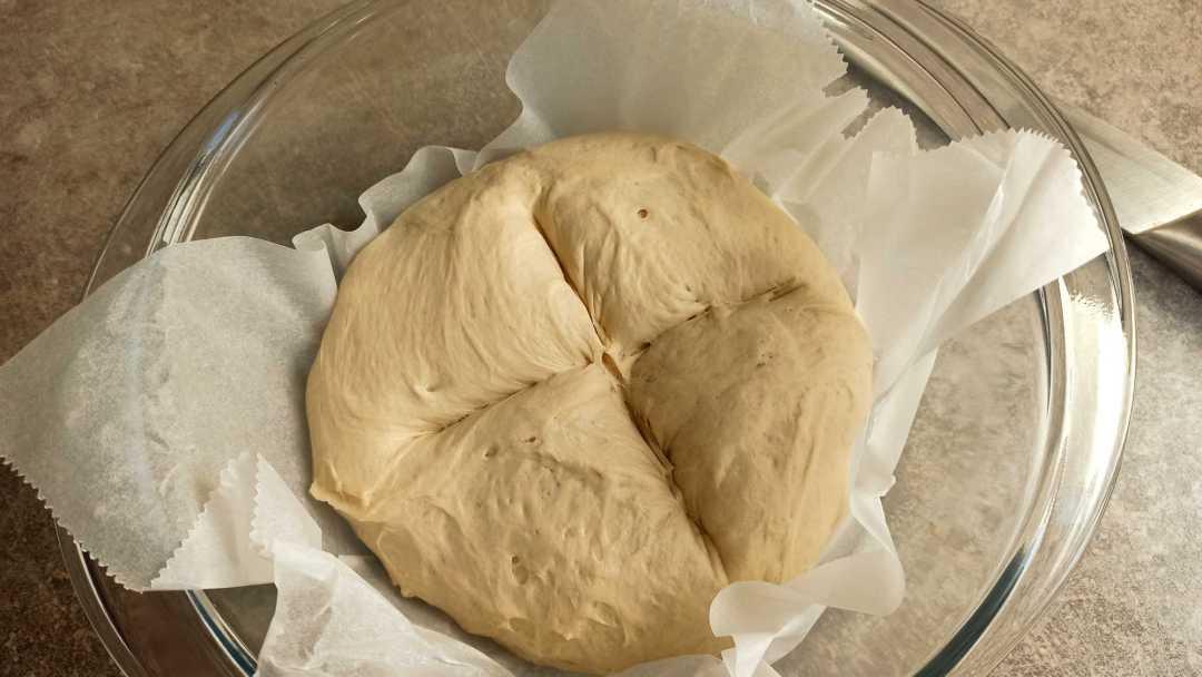 Scarifier la pâte avant de mettre au four