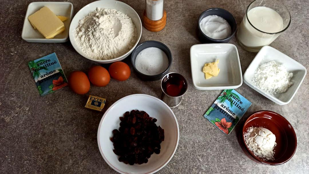 Les ingrédients des couques suisses aux raisins