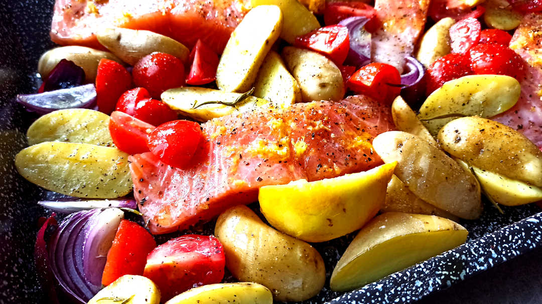 Ajouter les filets de saumon