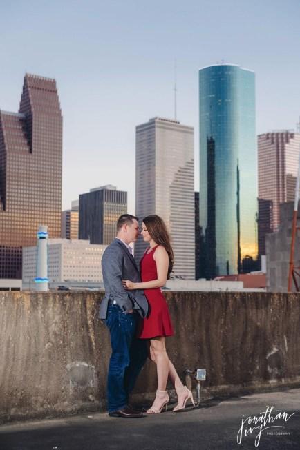 houston-skyline-engagement-photo-location_thumb.jpeg