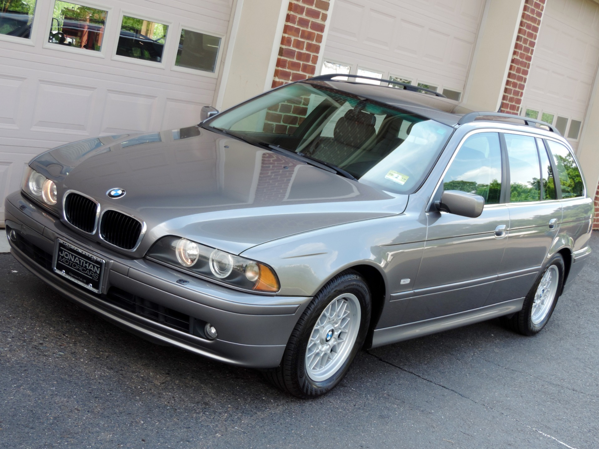 hight resolution of used 2002 bmw 5 series sport wagon 525i