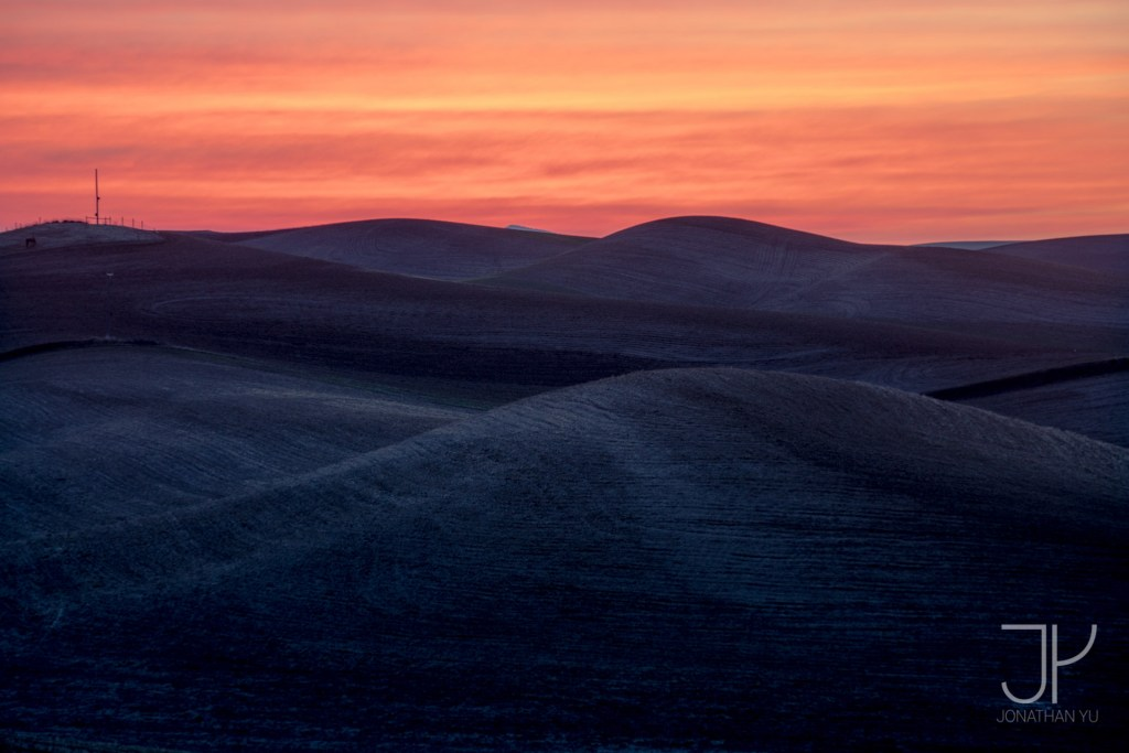 Early morning sunrise in Palouse, Washington.