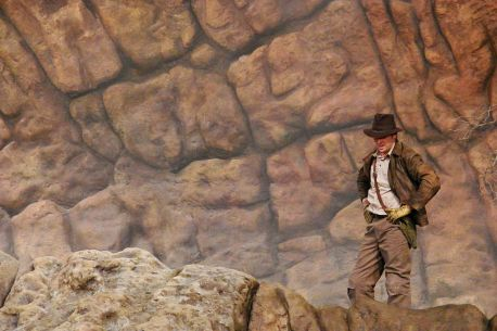 1024px-DisneyHollywood-IndianaJones-1284
