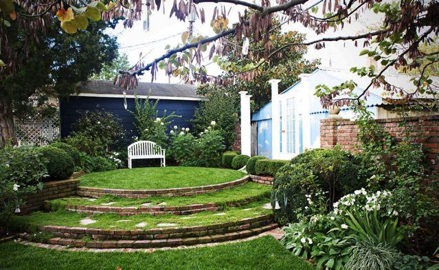 The Magician's Garden (1)