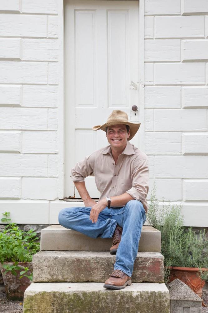 On The Porch With Jon Carloftis | Traditional Home Magazine