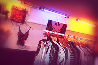 vide-dressing-marseille-organisation-evenement-boutique-ephemere-1