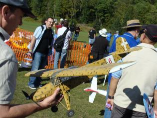 scale model airplane