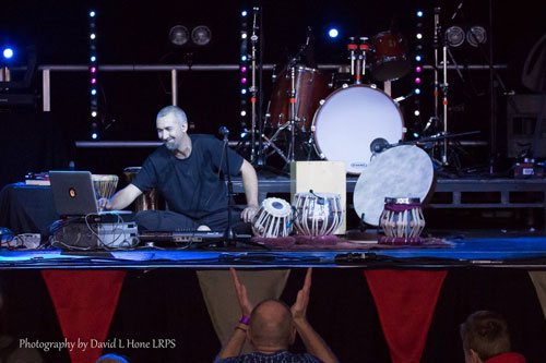 Jon Sterckx Musicport. Tabla Percussion Drumscapes Live Sampling. Events and performances.