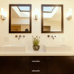 bright modern bathroom real estate photography los angeles