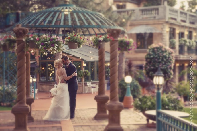La Caille wedding couple, Wedding photographer Jon Woodbury