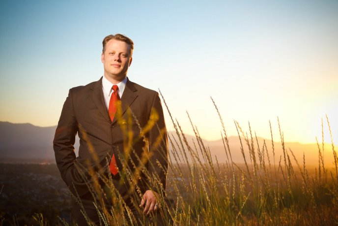 Campaign Portrait of John Morris running for Utah County Commissioner.