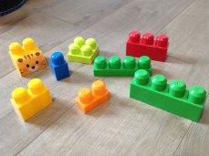 Les Mega Bloks sont des briques sans danger pour les enfants.