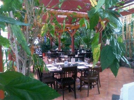 Il y a plusieurs restaurant sous le dôme du Center Parcs.