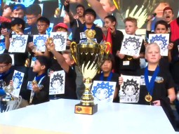 gagnant championnat du monde beyblade burst 2018