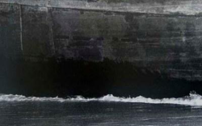 De schittering van het water, maar niet te herkenbaar