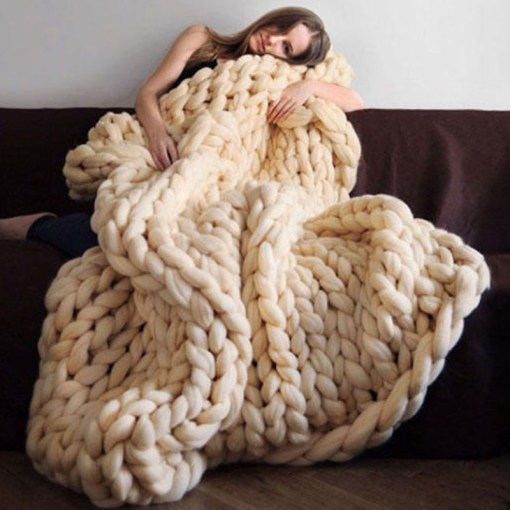 HAKOONA-Chunky-Knitted-Blankets-throws-Blanket-Ultra-Plush-Decorative-Throw-Blanket-Queen-Bedroom-3.jpg