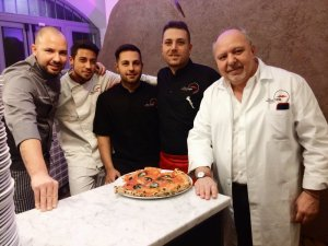 pizzeria-damichele-icondurro-milano