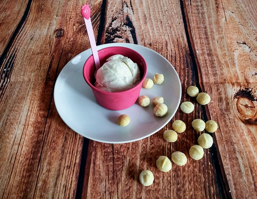 Gelato alle noci macadamia