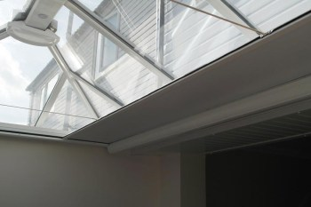 Skylight blinds featured pic (top of page)