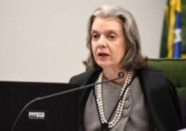 STF dá 48h para ministro da justiça explicar dossiê contra opositores do governo