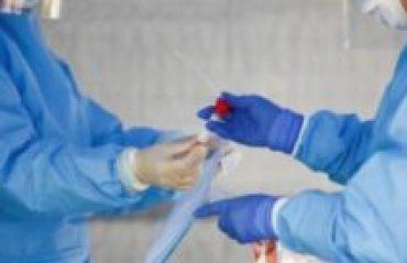 Nove mil brasileiros estão inscritos para serem infectados pela covid na busca da cura