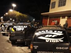 Evangélicos fingindo ser policiais  intimidam viciados de drogas para internação