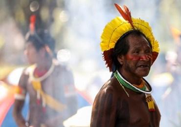Bolsonaro culpa índios e caboclos pelo desmatamento