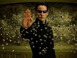 Keanu Reeves como Neo em Matrix